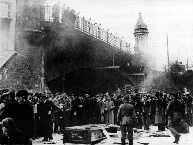 Geweld tegen de Joden op Paasmaandag 1941. © Collectie SegeSoma/Rijksarchief