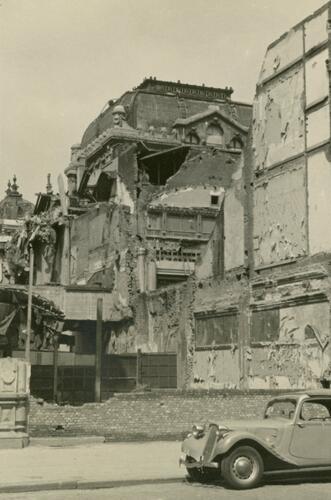 Cinema Rex in puin na de inslag