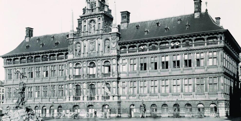 Het Antwerpse stadsbestuur en de Duitse bezetting